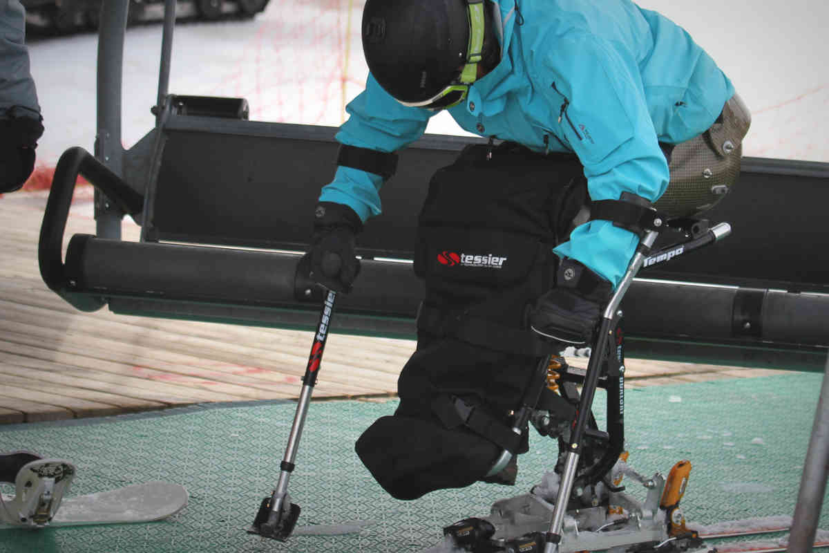 Taking the chairlift with Tempo Dualski Tessier